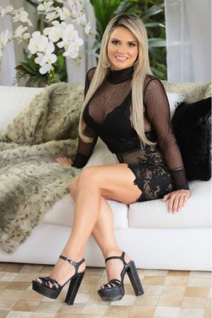 Massagem  Sensual com Massagista Sophia  F:(11)2768-7339 ou 98291-5141 3 Massagem  Sensual com Massagista Sophia  F:(11)2768-7339 ou 98291-5141